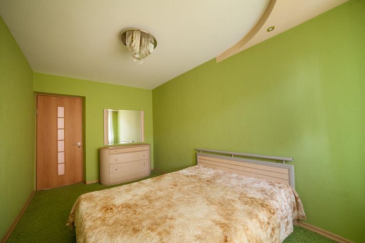 3-комнатная квартира посуточно в Кургане
